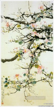 Chinese Painting - Xu Beihong branches old Chinese
