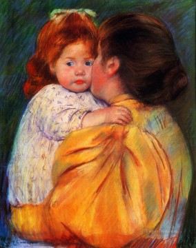 klimt kiss Painting - Maternal Kiss mothers children Mary Cassatt
