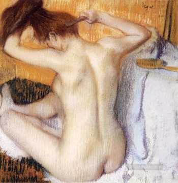 Impressionism Oil Painting - Woman Combing Her Hair Impressionism ballet dancer Edgar Degas
