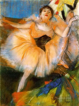 Edgar Degas Painting - seated dancer 1 Edgar Degas