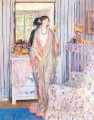 The Robe Impressionist women Frederick Carl Frieseke