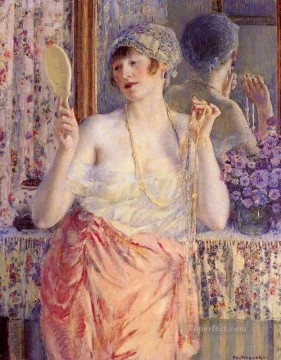 Woman Before A Mirror Impressionist women Frederick Carl Frieseke Oil Paintings