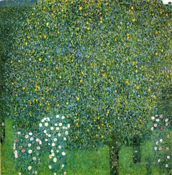 klimt kiss Painting - Roses under the Trees Gustav Klimt