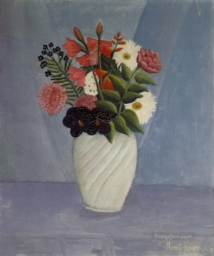 post impressionist Painting - bouquet of flowers 1910 Henri Rousseau Post Impressionism Naive Primitivism