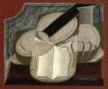 book and guitar 1925 Juan Gris