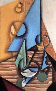 Juan Gris Painting - bottle and glass on a table 1914 Juan Gris