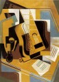 photograph of the guitar 1918 Juan Gris