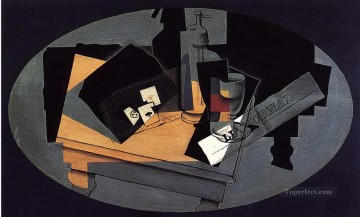 playing cards and siphon 1916 Juan Gris Oil Paintings