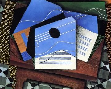 guitar on a table 1915 Juan Gris Oil Paintings