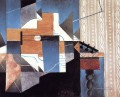 guitar on the table 1913 Juan Gris