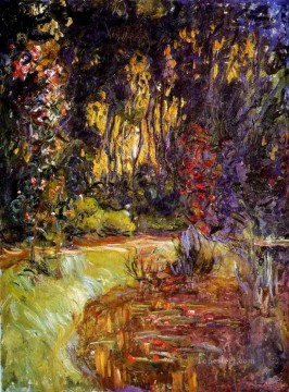 Lily Painting - Water Lily Pond at Giverny Claude Monet
