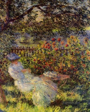garden Oil Painting - Alice Hoschede in the Garden Claude Monet