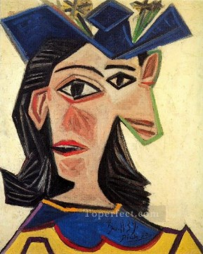 Buste de femme au chapeau Dora Maar 1939 Cubism Oil Paintings