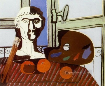 Buste et palette 1925 Cubism Oil Paintings
