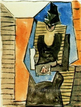 Femme assise au chapeau plat 1945 Cubism Oil Paintings