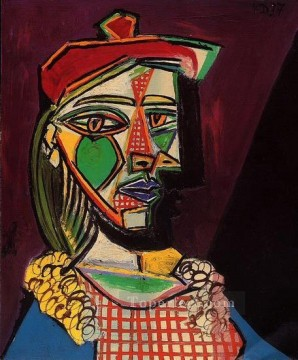 Femme au beret et a la robe a carreaux Marie Therese Walter 1937 Cubism Oil Paintings