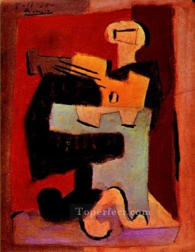 Homme a la mandoline 1920 Cubism Oil Paintings