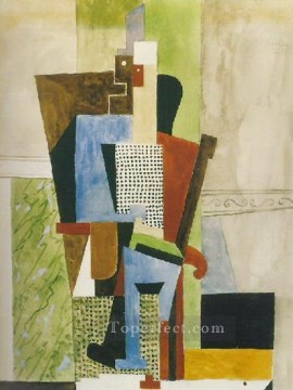 Homme assis 1914 Cubism Oil Paintings