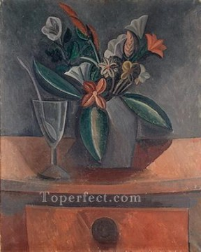wine pub pubs folies bars nighthawks Painting - Vase of flowers glass of wine and spoon 1908 Cubist