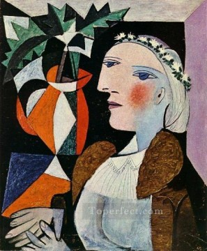 Portrait de femme a la guirlande 1937 Cubist Oil Paintings