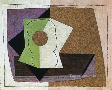 Verre sur une table 1914 Cubists Oil Paintings