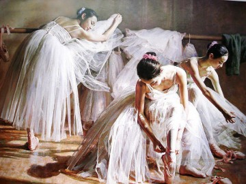 Chinese Girls Painting - Ballerinas Guan Zeju10 Chinese
