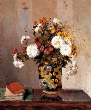 chrysanthemums in a chinese vase 1873 Camille Pissarro Impressionism Flowers Oil Paintings