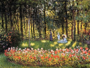 Impressionism Flowers Painting - The Artist s Family in the Garden Claude Monet Impressionism Flowers
