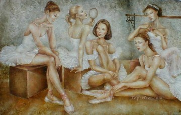 Textured Painting - Ballerinas with texture