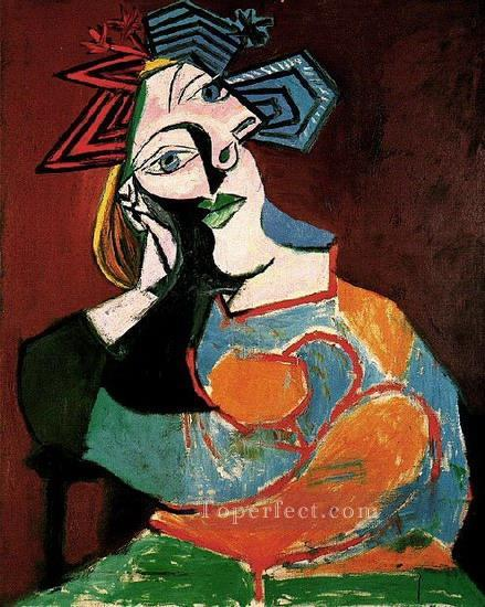 Femme accoudee 1937 Cubism Oil Paintings