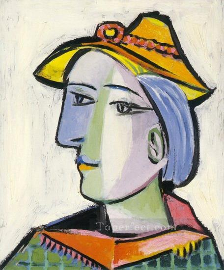 Marie Therese Walter au chapeau 1936 Cubism Oil Paintings